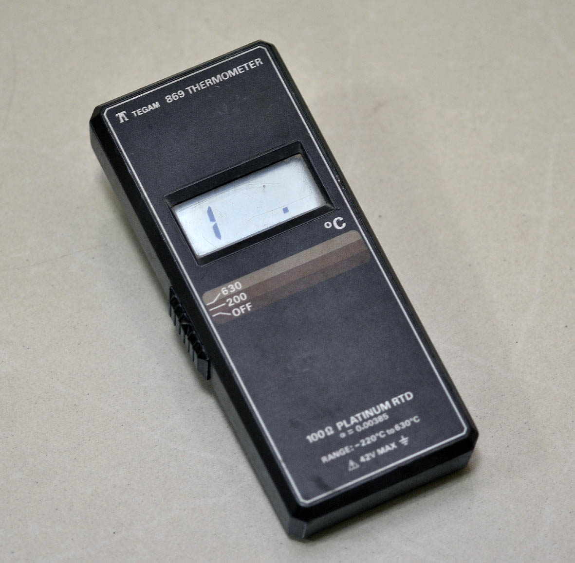 RTD digital thermometer